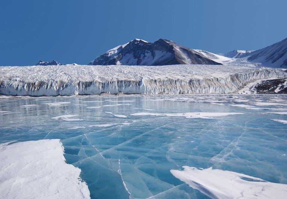Zapiski sprzed 100 lat zszokowały naukowców. Antarktyda nie topnieje?