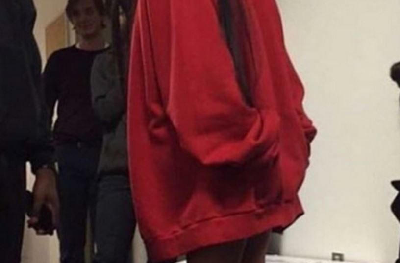 Niebywałe. Kim Kardashian promuje komunizm w bluzie za 770 dolarów (FOTO)