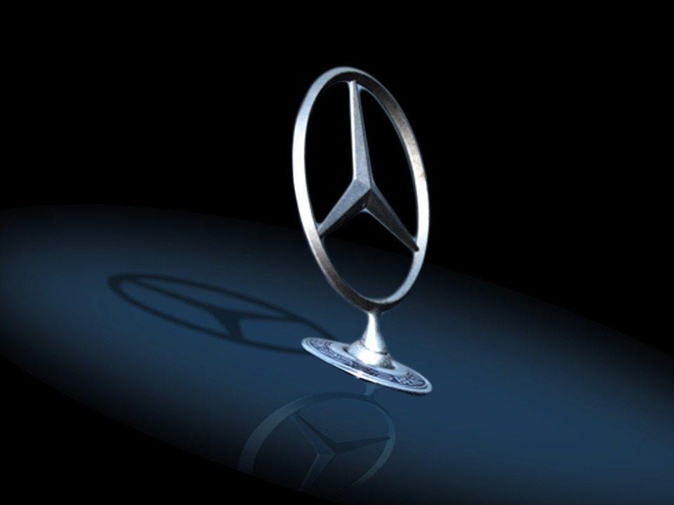 Znany dziennikarz kontra Mercedes, czyli historia o tym, dlaczego nawet wielkie marki muszą szanować klienta