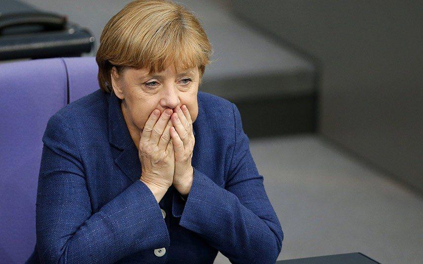 """Tygodnik ostrą okładką uderza w Merkel. """"Zmienimy rurę i 4 lata pociągnie"""""""