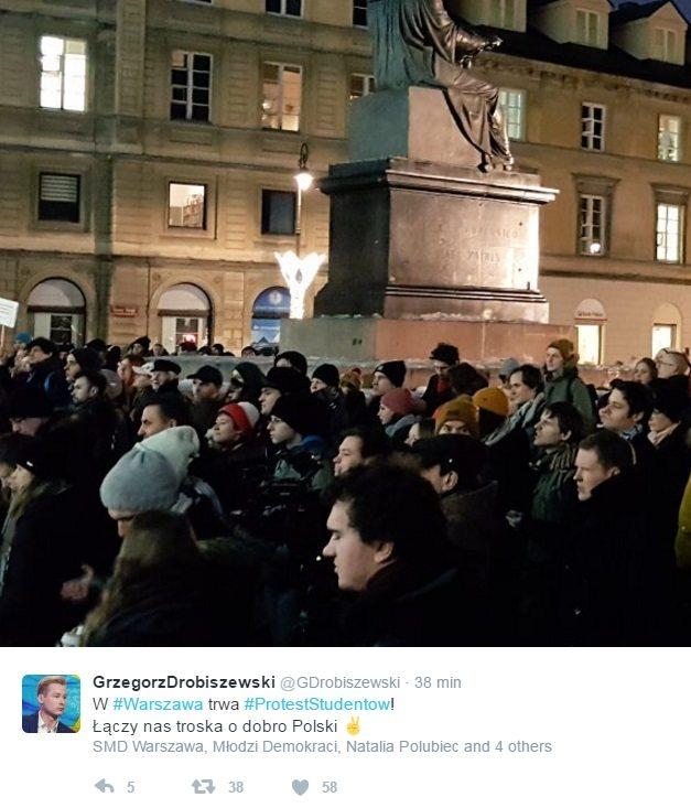 Protesty studentów w największych miastach Polski (video + zdjęcia)