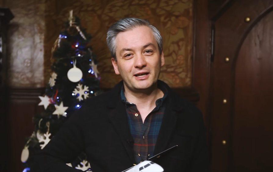 """Biedroń wystawił się na aukcję WOŚP. """"Bardzo chętnie się z wami przelecę"""" (video)"""
