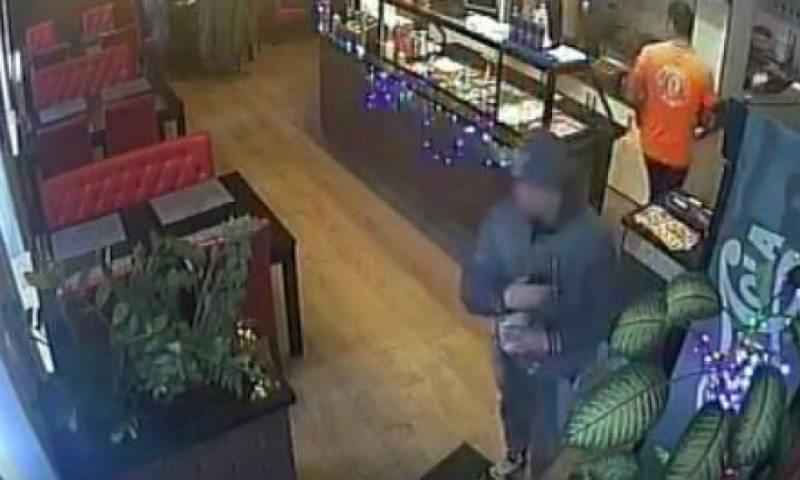 Wrocław: Mężczyzna ukradł puszkę z kebaba. Imigrant zbierał na dom dziecka (VIDEO)
