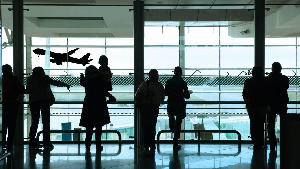 Setki Polaków bez bagaży i paszportów. Utknęli na lotnisku w Tajlandii
