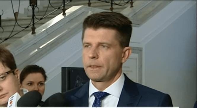 Petru: Minister Zdrowia jest dowodem. Jeśli coś jest czarne, to dla PiS-u jest śnieżnobiałe