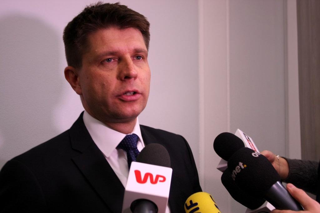 Petru: W Polsce w dobrym tonie jest taranowanie obywateli na drogach
