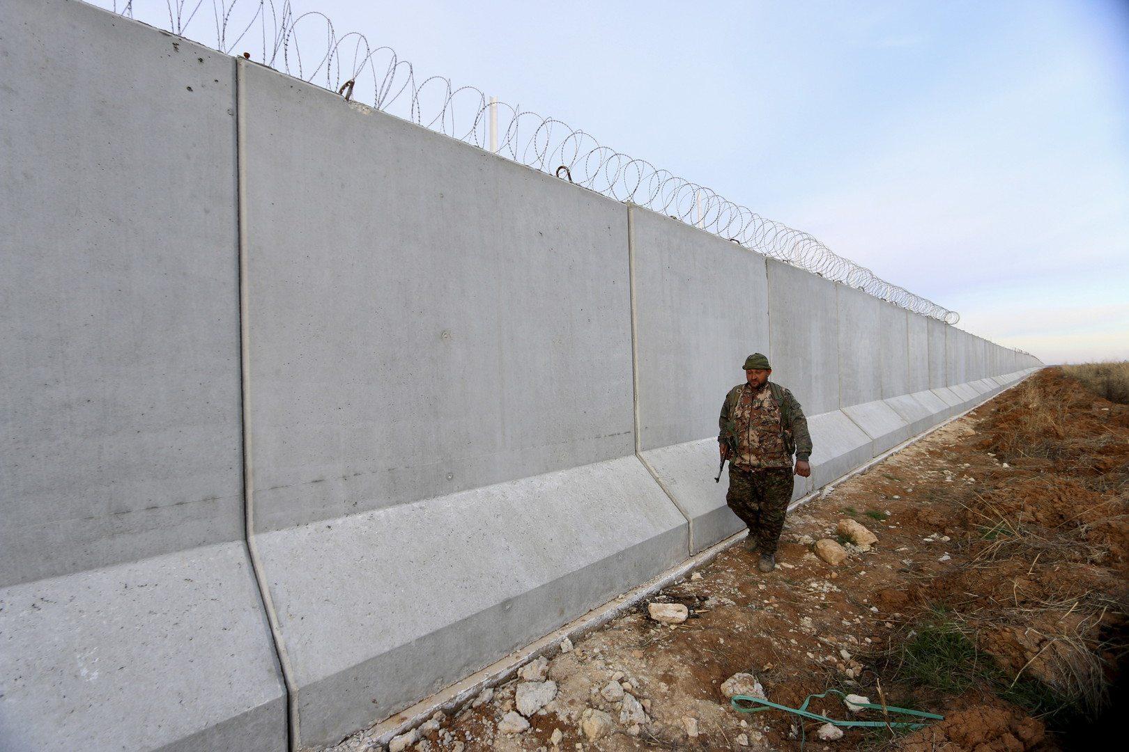 Mury przybywają do Europy! Trzy państwa odgrodzą się od uchodźców