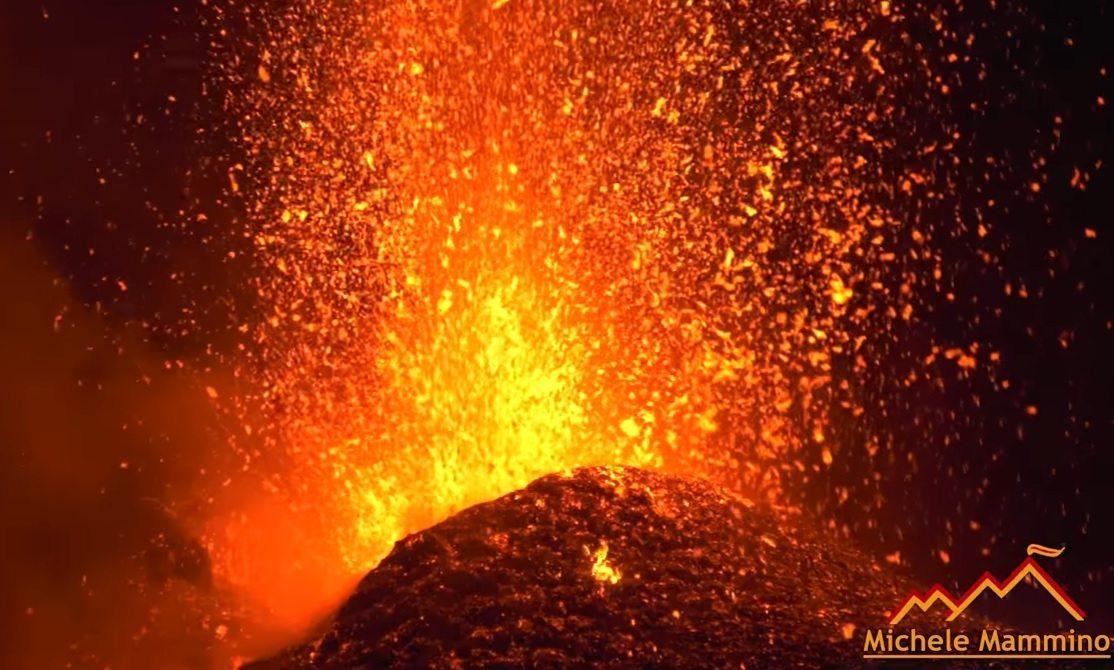 Spektakularna erupcja wulkanu w Europie (video)