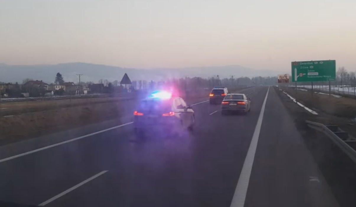Wiadomo do kogo należy kolumna samochodów BOR przed którą musieli uciekać kierowcy (video)