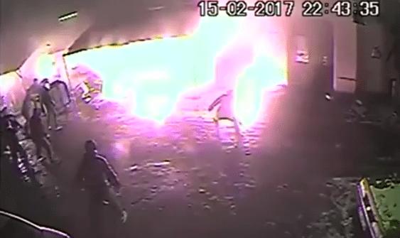 "Mamy film z monitoringu ""Chmury"". Atak na kibiców Ajaxu to był HORROR (VIDEO)"