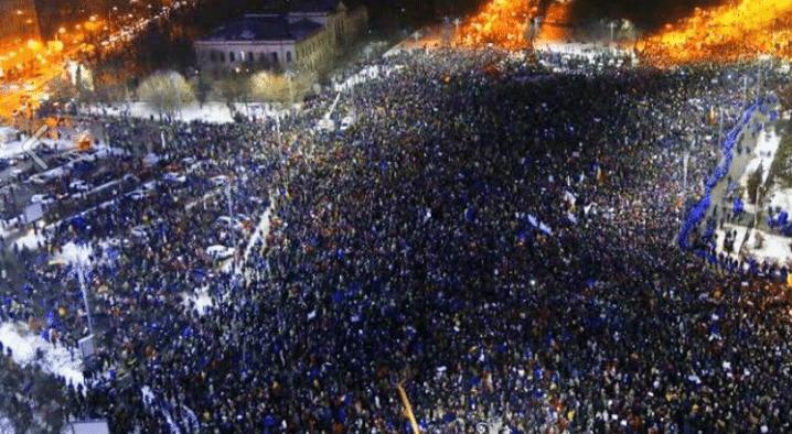 Cała Europa patrzy na protesty w Rumunii. Kontynent dawno tego nie widział (FOTO, VIDEO)