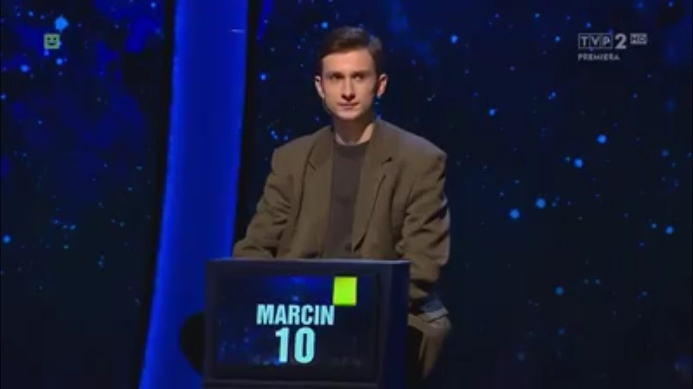 """""""1 z 10"""" znowu podbija internet. Odpowiedź była tak absurdalna, że dostanie nagrodę (VIDEO)"""