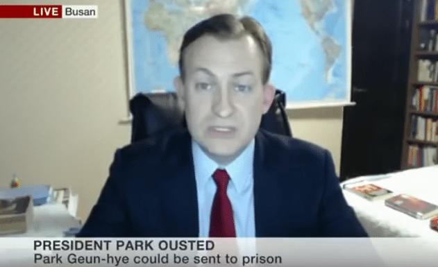 Cały świat pęka ze śmiechu po wpadce BBC na żywo. To po prostu trzeba zobaczyć (VIDEO)