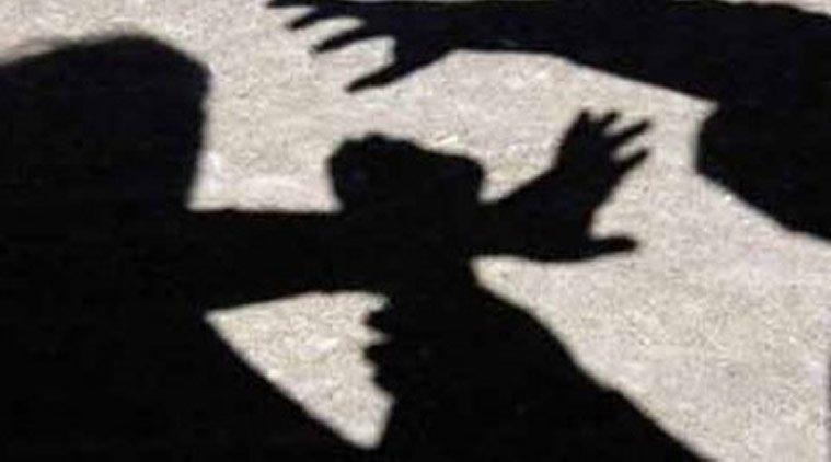 Ojciec zgwałcił 16-letnią córkę lesbijkę, by przekonać ją do mężczyzn