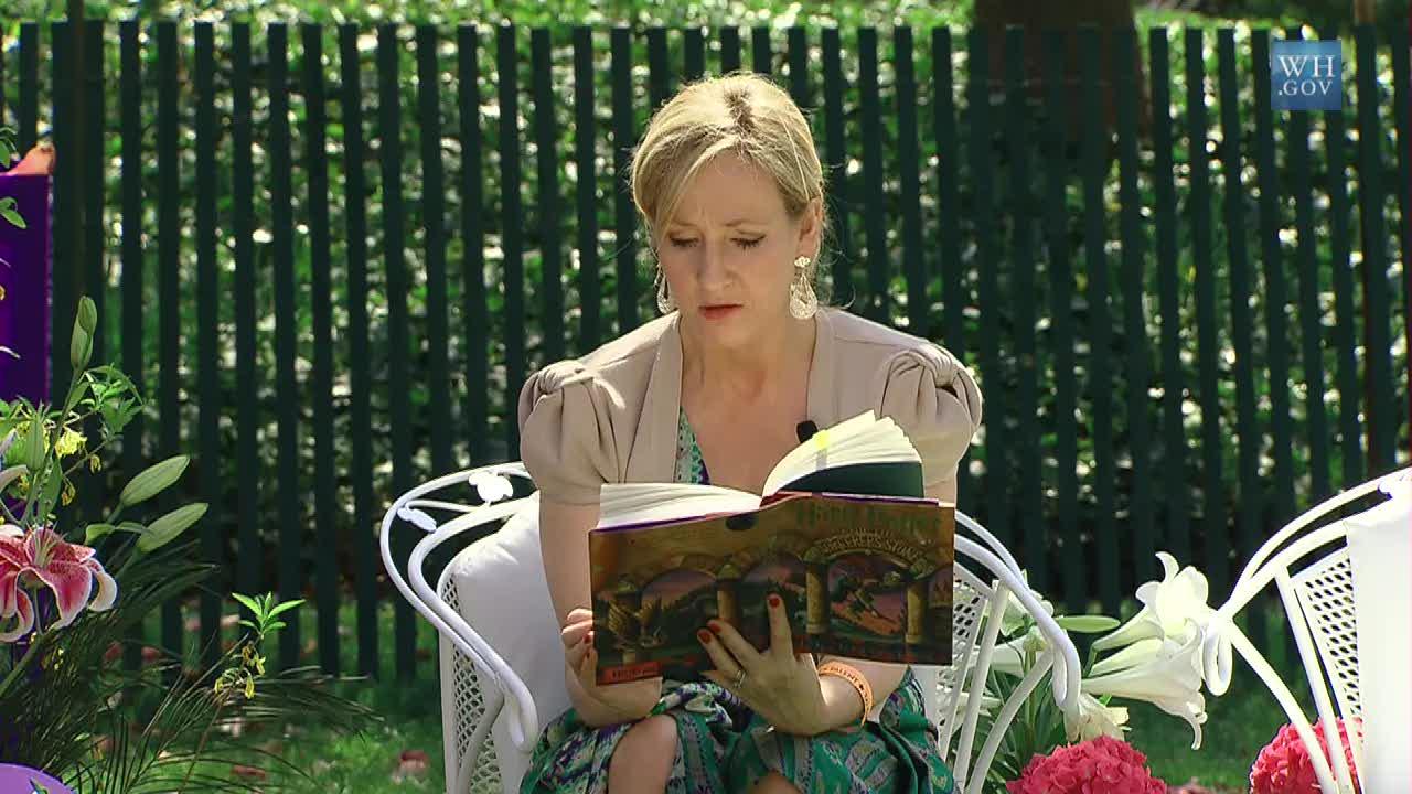 """J.K. Rowling ukończyła scenariusz kontynuacji """"Fantastycznych zwierząt"""""""