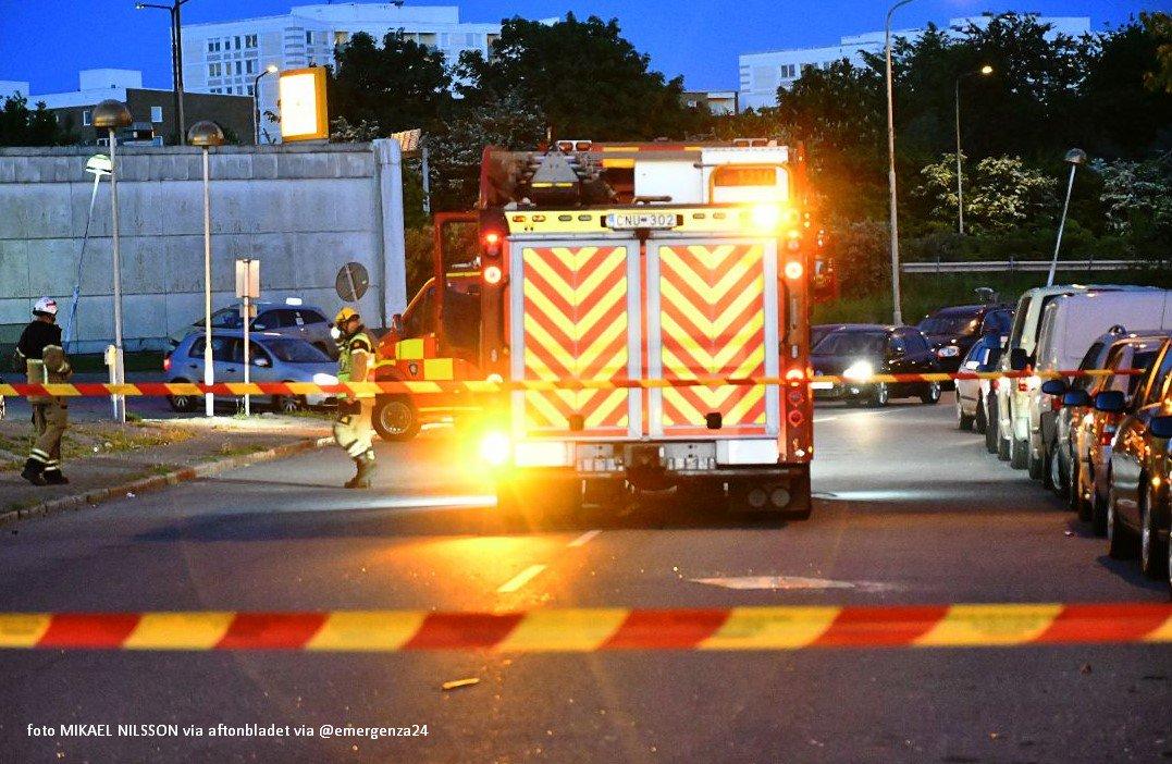 Ekslpozja w centrum Malmö. Nieznany sprawca zdetonował samochód
