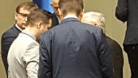 HIT! Kaczyński ZABLOKOWAŁ zmianę prawa i zrugał Jakiego bo... usłyszał o swoim kocie! (FOTO)