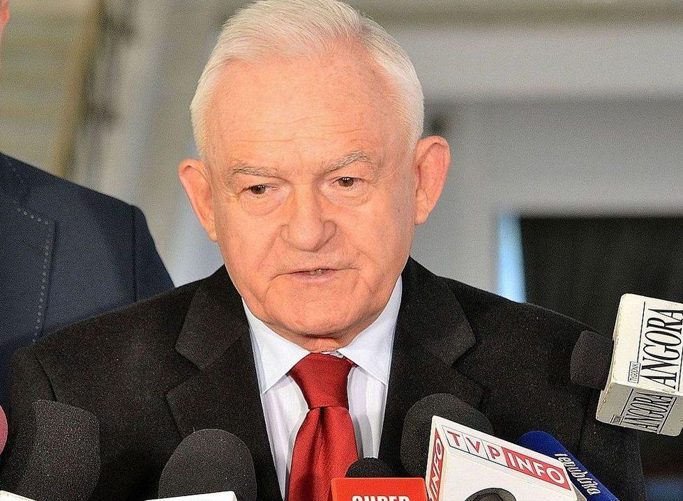 Miller: Andrzej Duda powinien zawetować ustawę o Sądzie Najwyższym