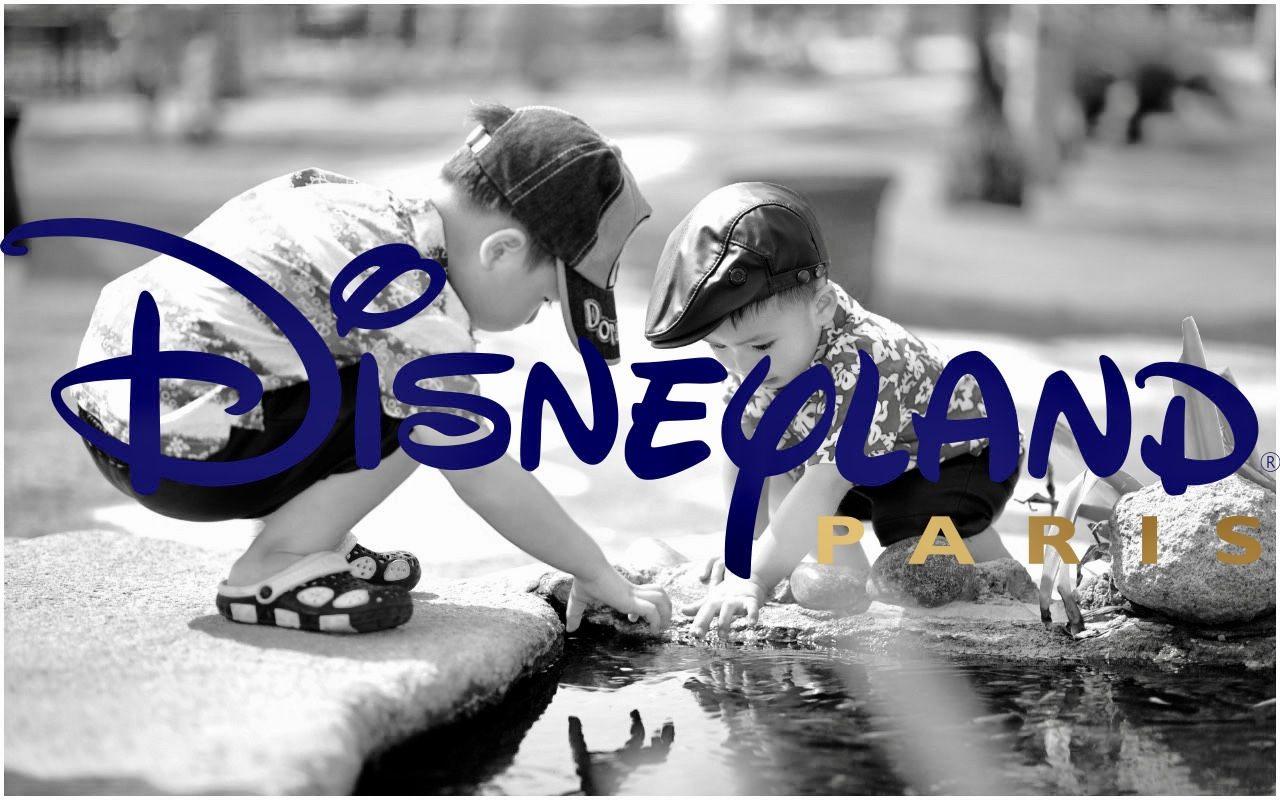 Prawica w furii! Oto co mogą robić chłopcy w Disneylandzie
