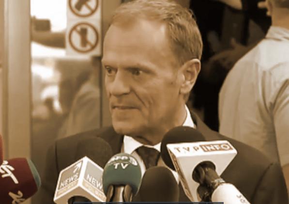 Nerwowo pod prokuraturą. Po tym pytaniu Tusk skończył konferencję przed czasem! (VIDEO)