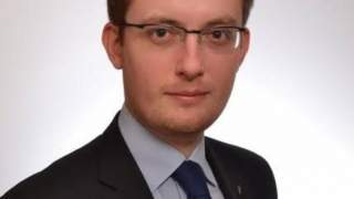 Winnicki: Politykom nie wolno szafować życiem Polaków, szafować egzystencją milionów rodaków