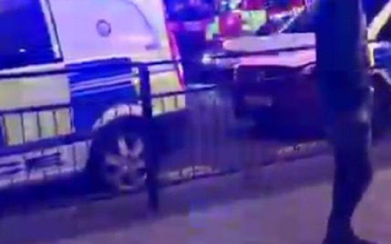 Brutalny atak w Wielkiej Brytanii. Przerażeni ludzie uciekali w panice (video)