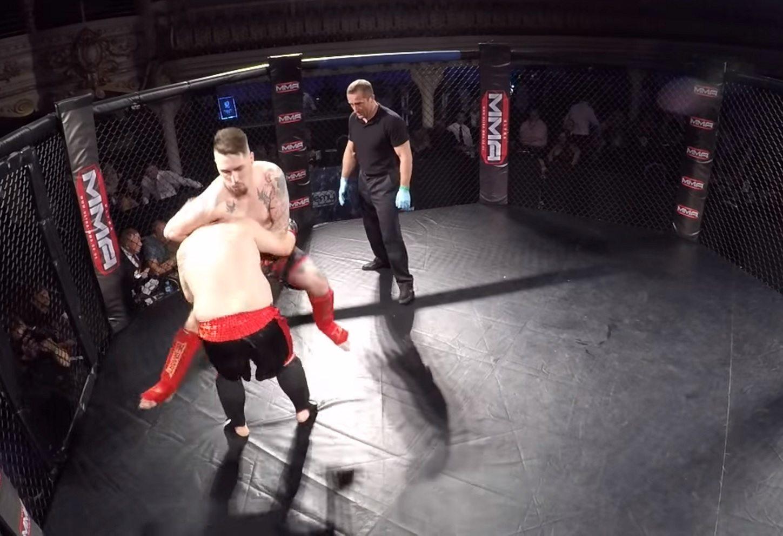 Świat stanął na głowie. Tata małej Madzi z Sosnowca walczy w MMA (video)