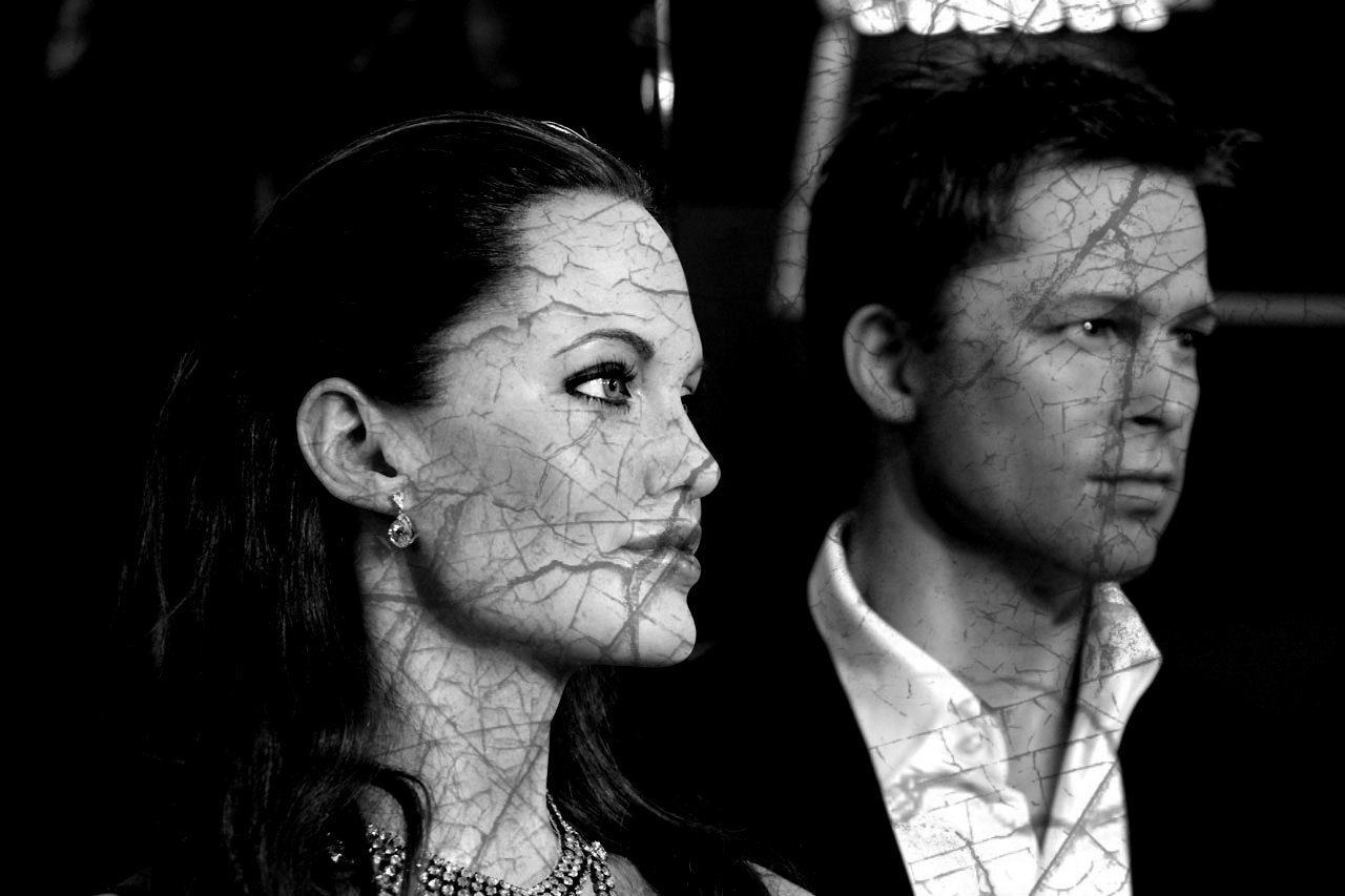 """Na jaw wychodzą szokujące informacje o seksie Brada i Angeliny Jolie. """"12 lat piekła"""""""