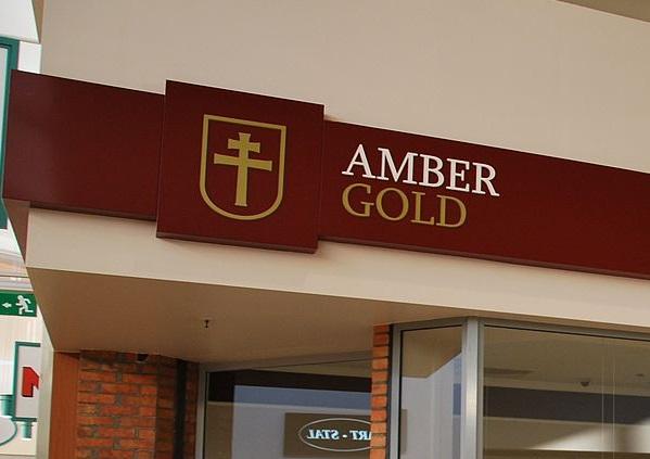 SENSACJA i wstrząs na komisji Amber Gold! Plichta wyjawił, że obsługiwał...