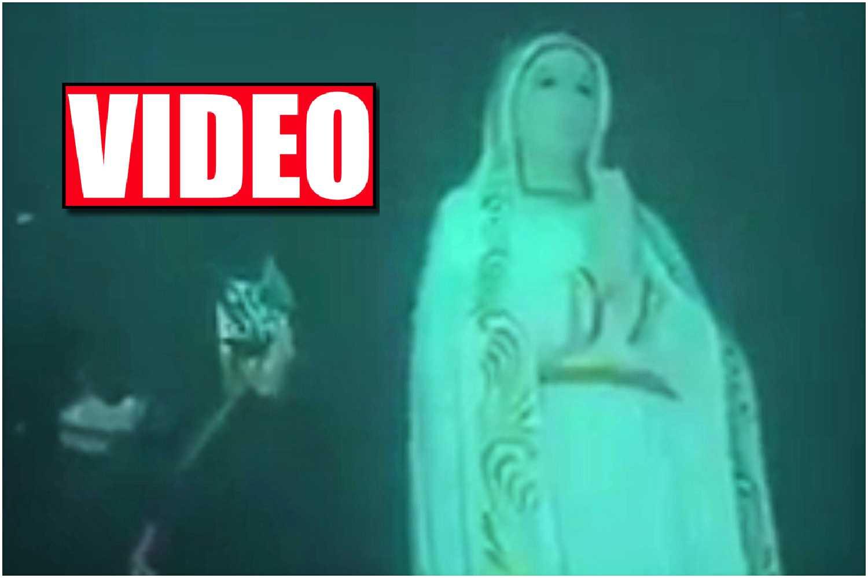 Nie do wiary! Figura Matki Boskiej na dnie oceanu, wokół rosły róże!