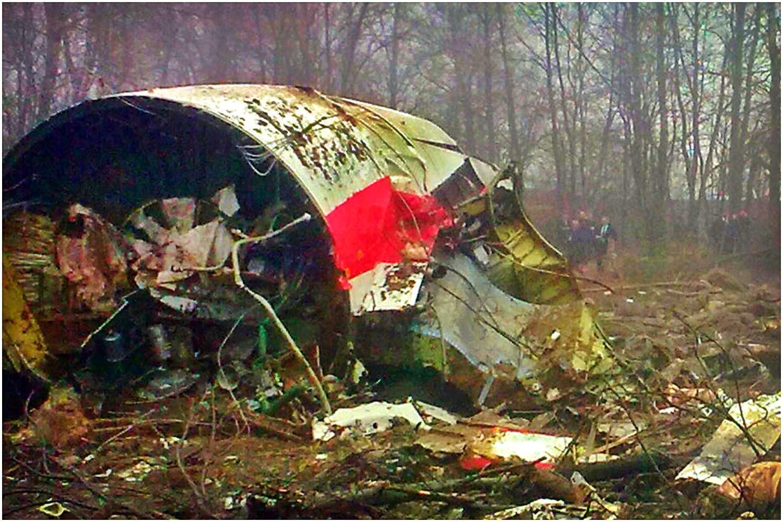 Kaczyński w furii! Nie uwierzycie, co Rosjanie robią w miejscu katastrofy smoleńskiej