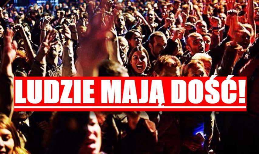 Co się dzieje?! Dziesiątki tysięcy wyszły na ulice (video)