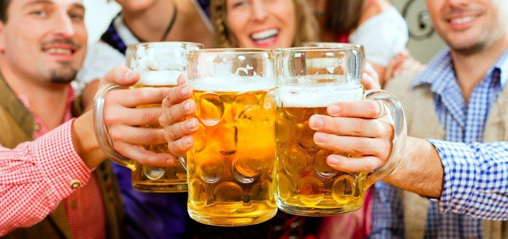 PiS naprawdę to robi! Polacy będą się upijać niczym królowie, poleją się rzeki piwa