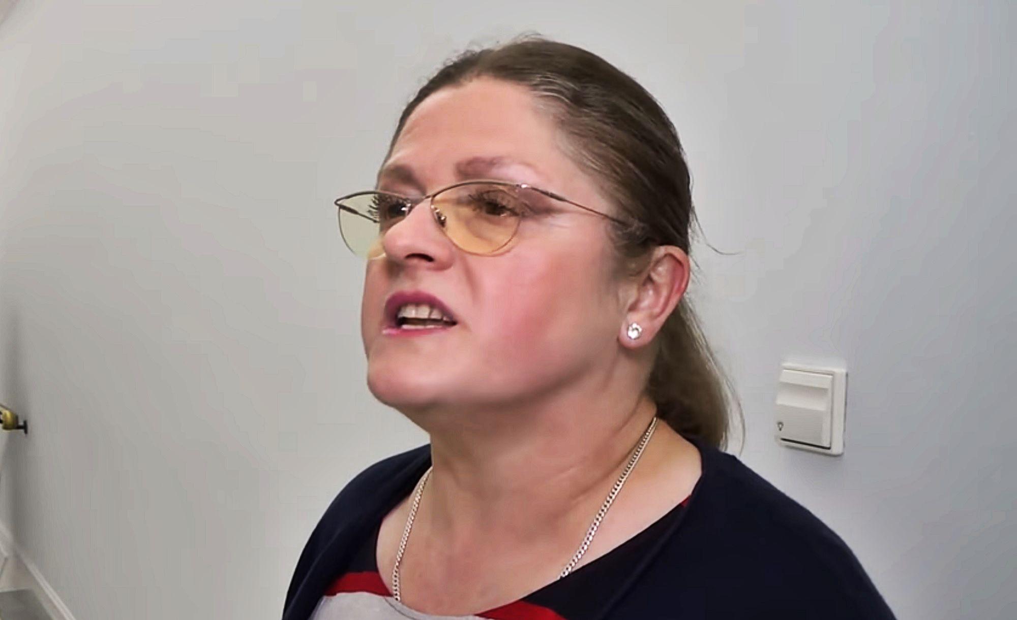 Pawłowicz wije się i parodiuje Tuska. Jak jej poszło?