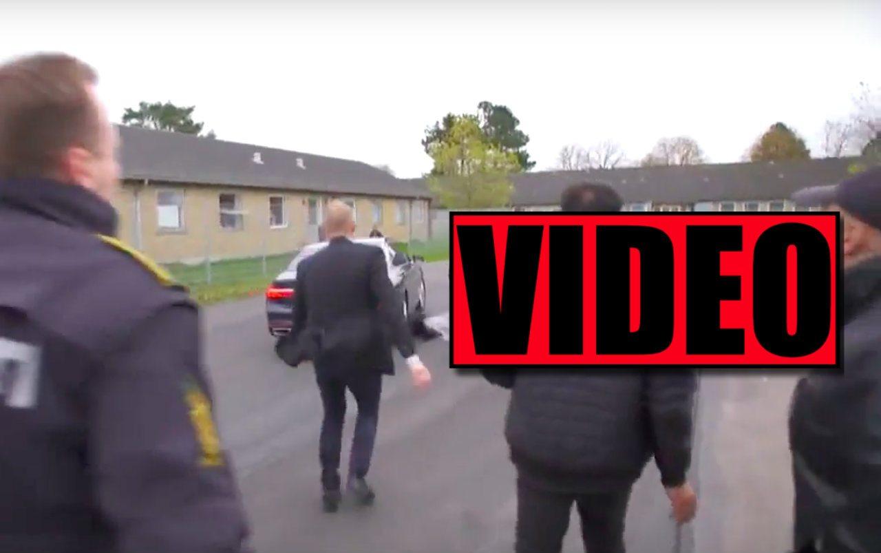 Duńska minister wjechała w uchodźców samochodem!