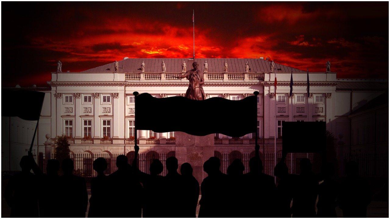 Dzisiaj będzie zapamiętane długo! Zmasowany nalot na Pałac Prezydencki