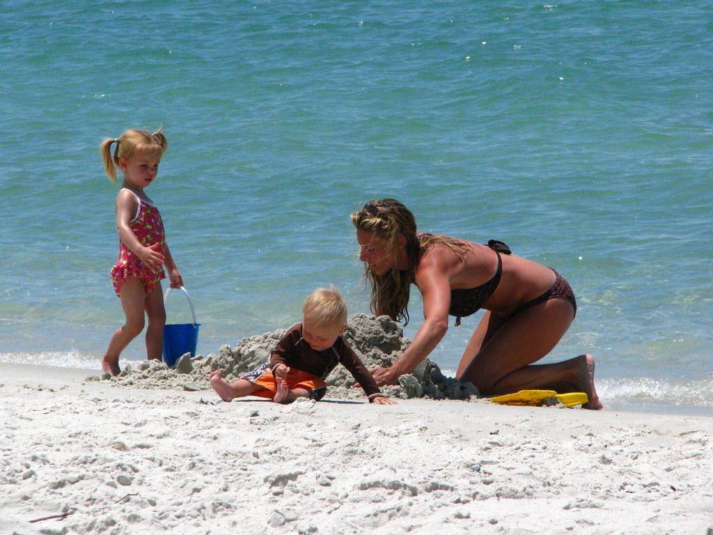 rodzina_na_plaży
