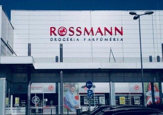 Upokarzający Przekręt Rossmann Poniżył Klientów I Splunął