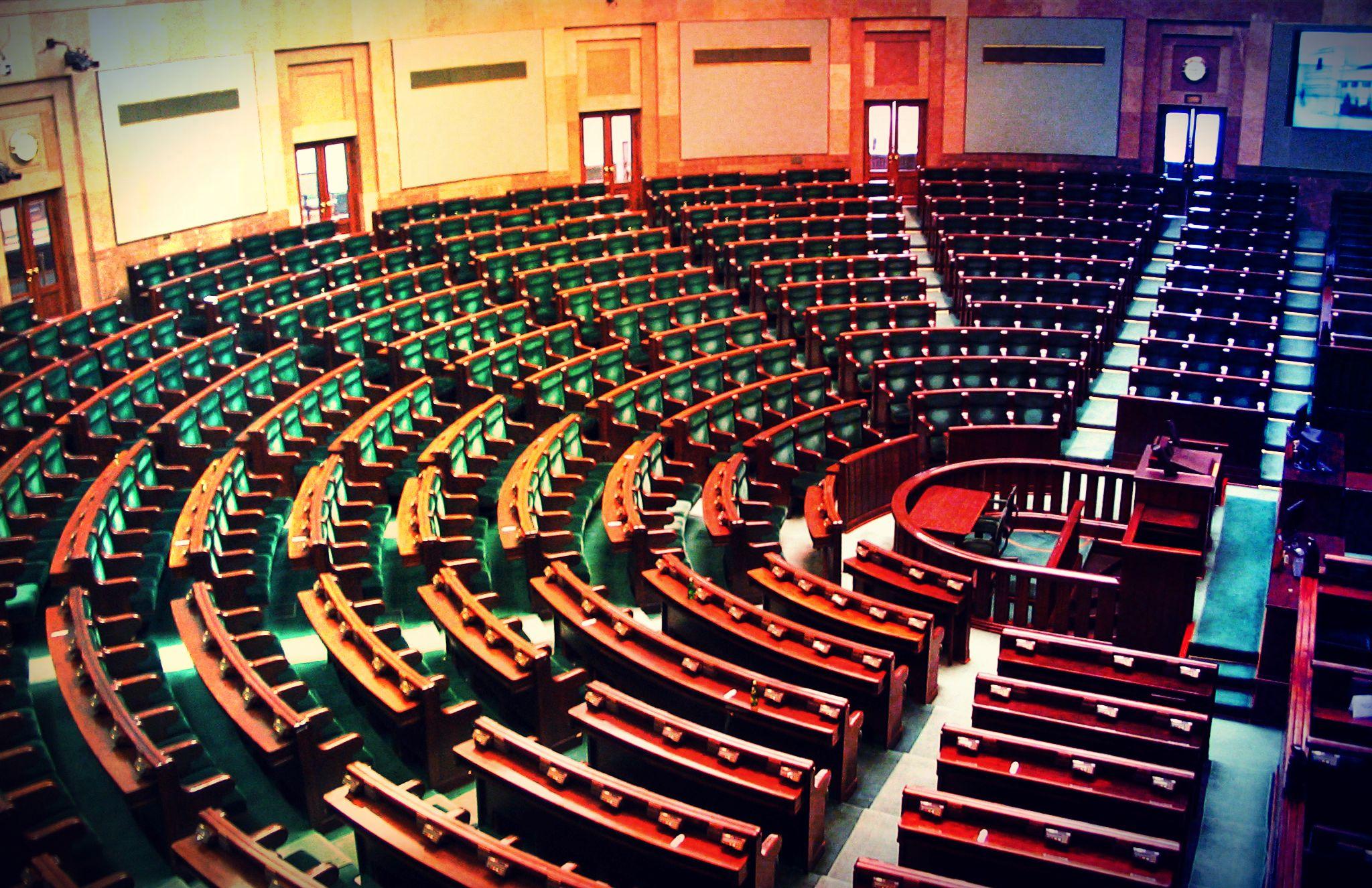 Sądy? Dzisiaj do Sejmu trafił 20 razy bardziej kontrowersyjny projekt
