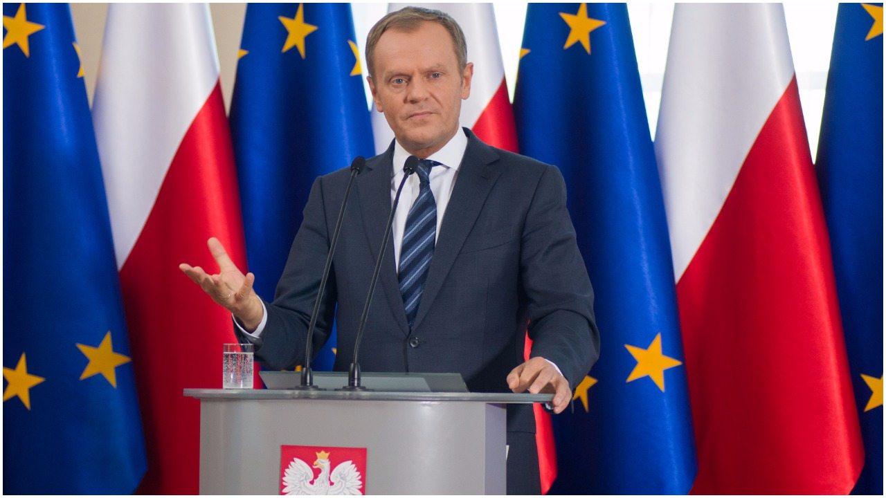 Wszyscy mówią o Tusku w Polsce, a on właśnie podjął decyzję kluczową dla całej Unii