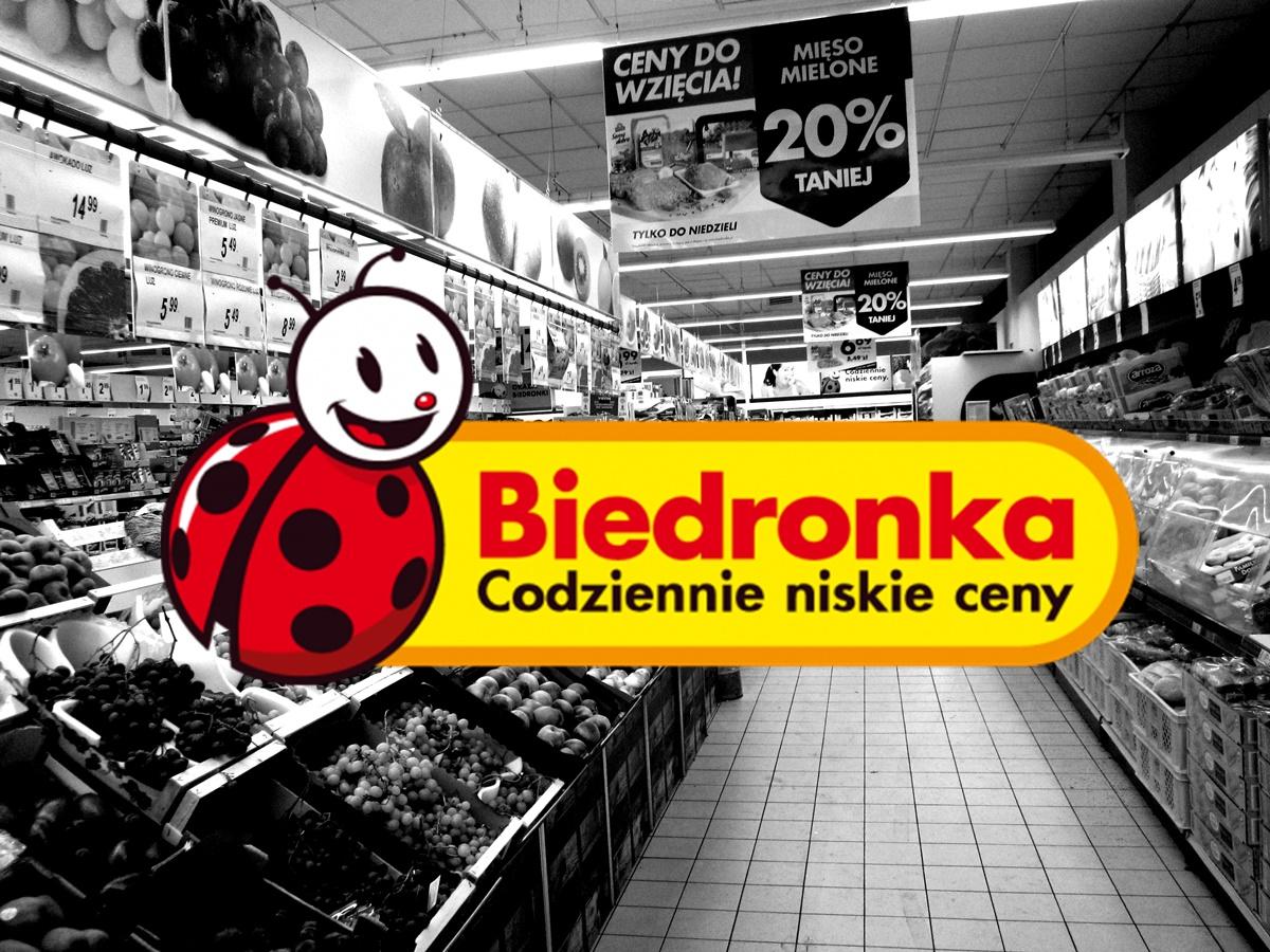 Klienci wściekli na Biedronkę. Dostali zepsute jedzenie, a obsługa...