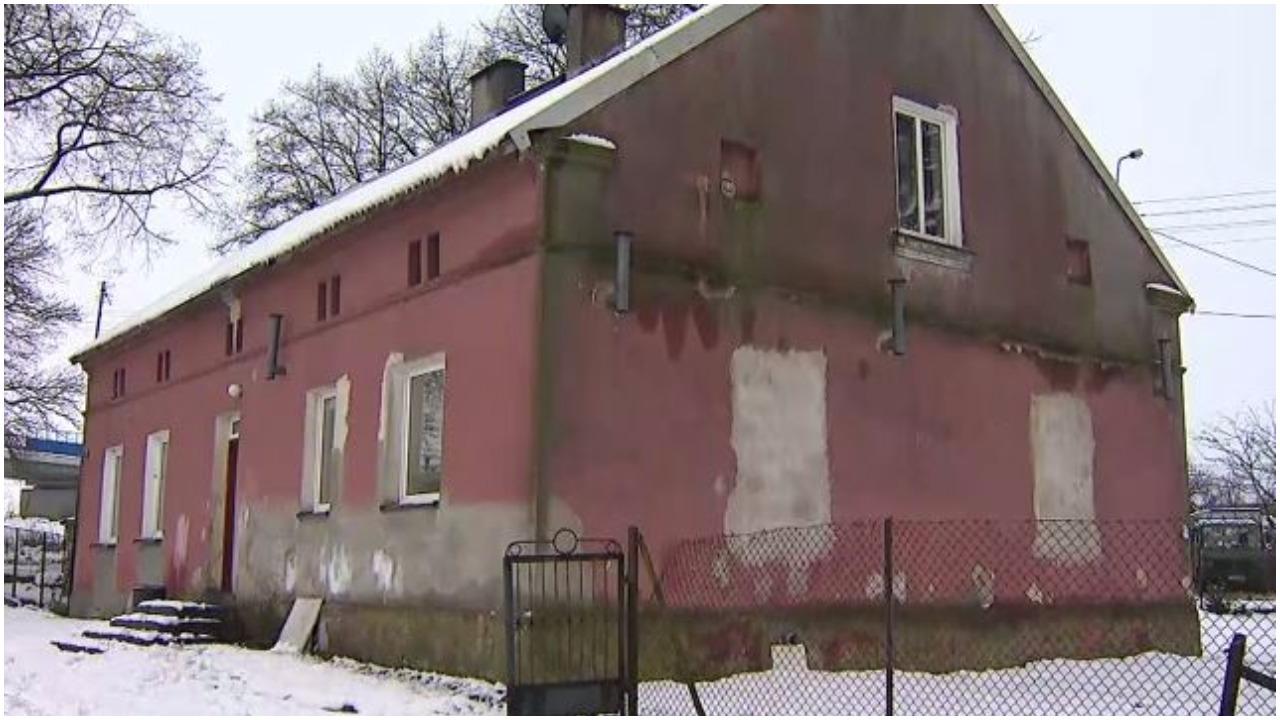 Rodzina z polskiej wsi za nic nie wróci do nawiedzonego domu. Nawet księża się boją