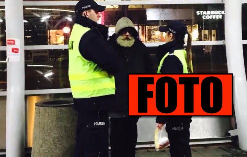 Chajzer nie może powstrzymać łez. Policjanci podeszli do bezdomnego, a potem...