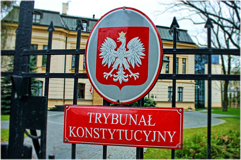 Przeraźliwy koszmar w Trybunale Konstytucyjnym! Sędzia NIE ŻYJE