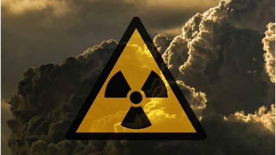 Rosja alarmuje! Sztuczny satelita wypuszcza radioaktywną chmurę nad Europą