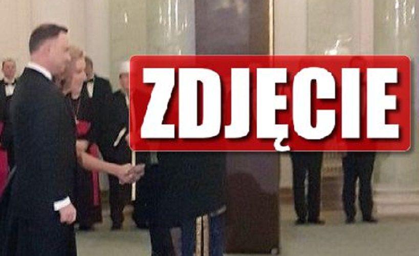 Andrzej Duda w SUTANNIE! To NIE fotomontaż, to prawdziwe zdjęcie