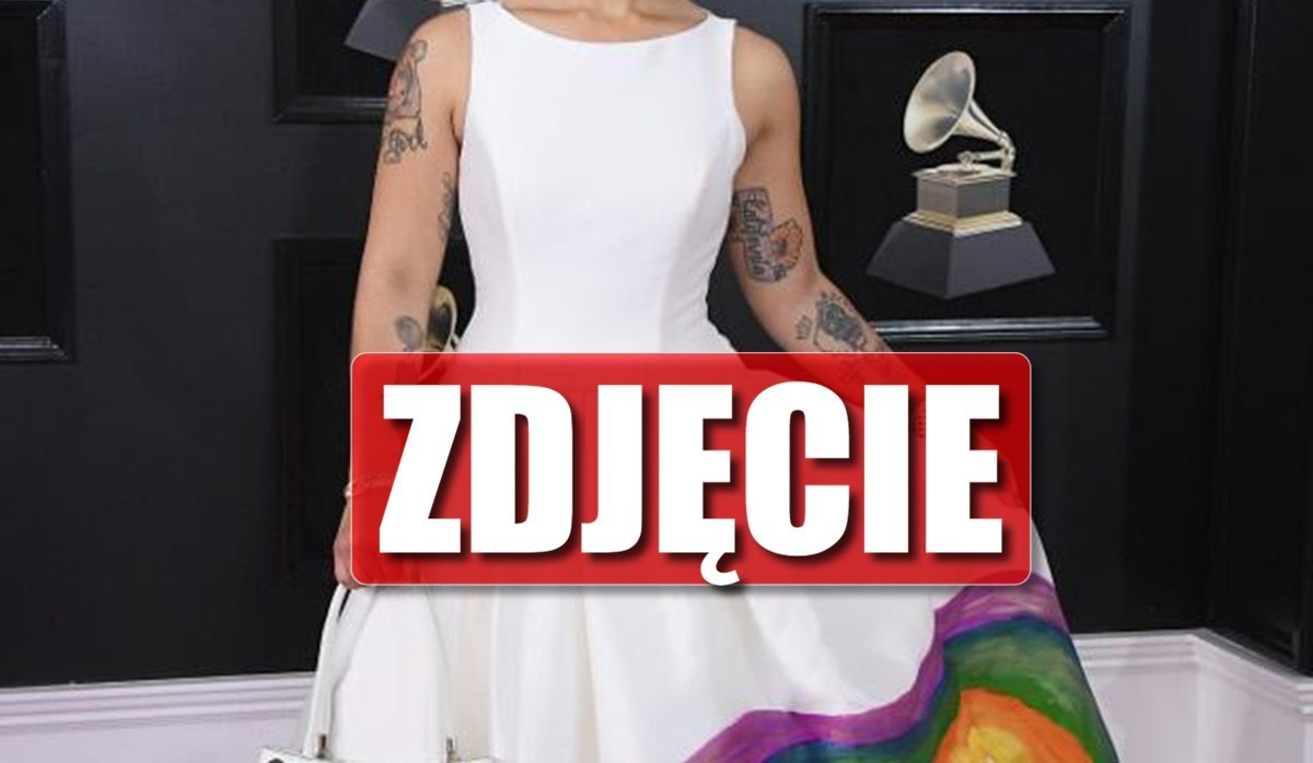 Wielka afera na Grammy! Gwiazda miała PŁÓD na sukience
