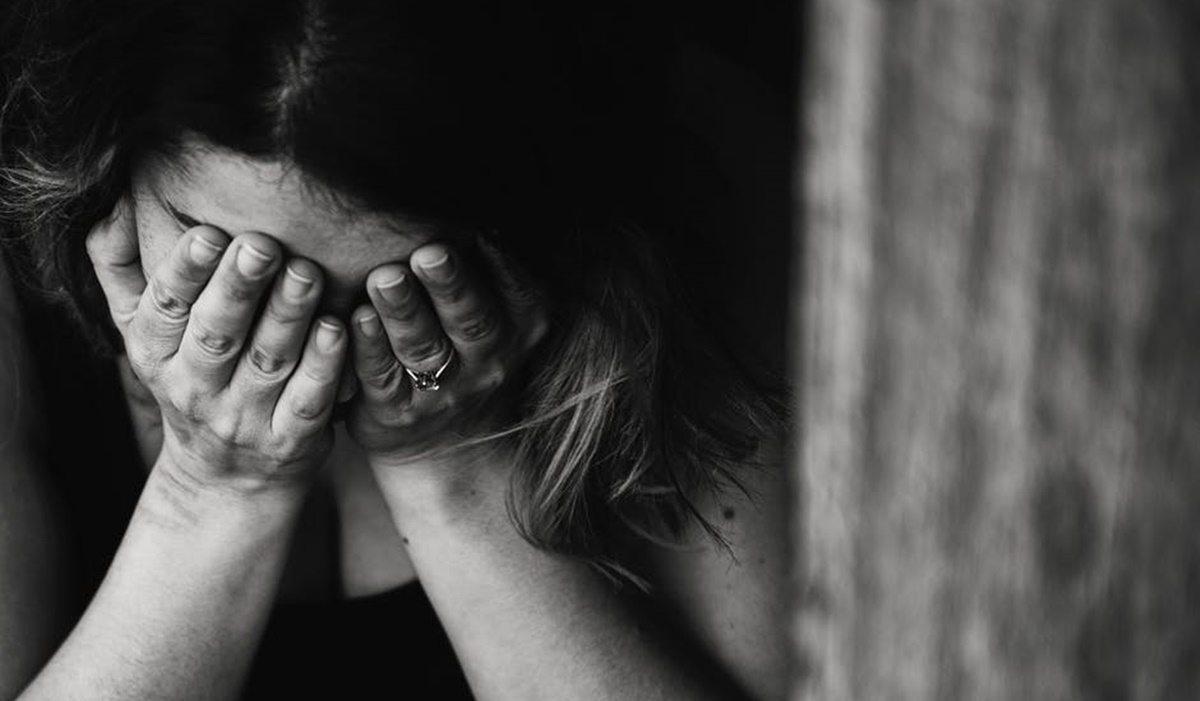 Wdowa po Smoleńsku roztrzęsiona, błaga o pomoc. Właśnie niemal doszło do MORDERSTWA