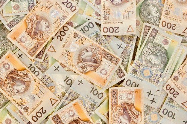 Jedna trzecia Polaków dostanie dodatkowe pieniądze! Zobacz czy ty też