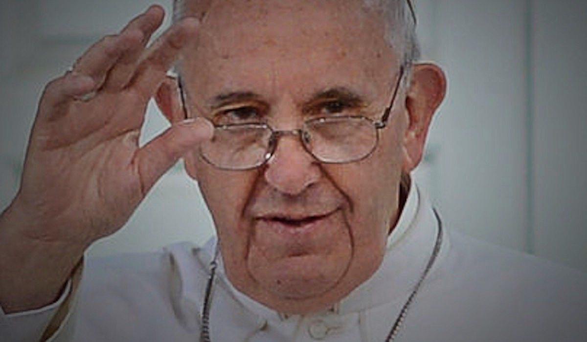 Papież wywołał potężny chaos. Lepiej zapamiętajcie datę swojego chrztu